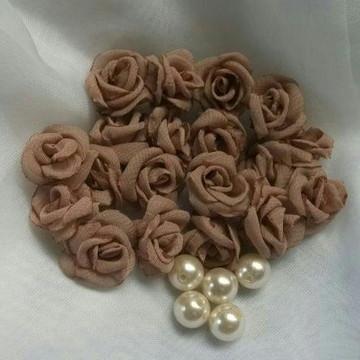 Flor de Organza Tamanho 2cm