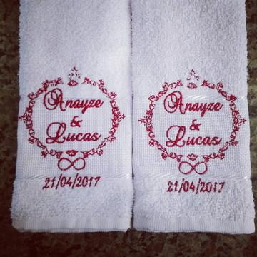 toalhinhas bordadas casamento