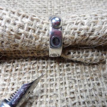 Anel em Prata 950, detalhes concavos forjados e black