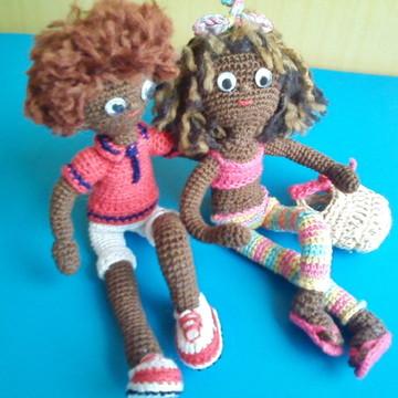 Amigurumi -bonecos namorados em crochê