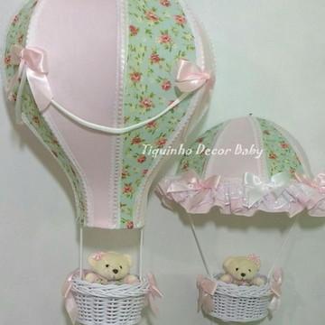 Conjunto lustre balão personalizado e porta maternidade