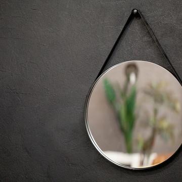 Espelho 75cm diam. alça couro preto