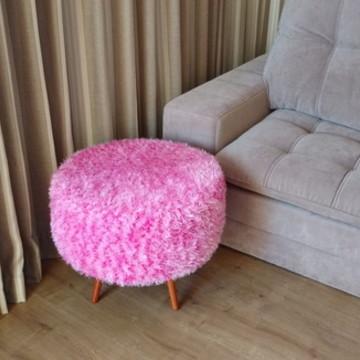 Pufe pelúcia rosa