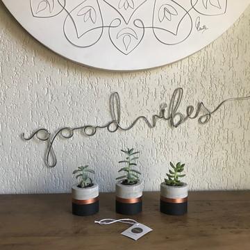 Frase de parede (arame) - Good Vibes