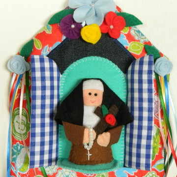 Oratório de Paninho Santa Terezinha