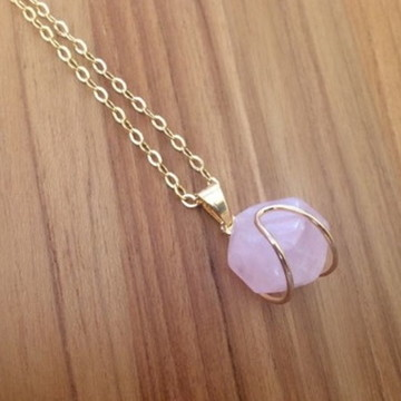 Colar Earth Stones - quartzo rosa