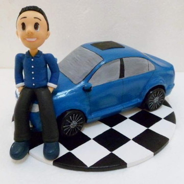 biscuit rapaz com carro
