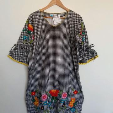 Vestido bordado Joana