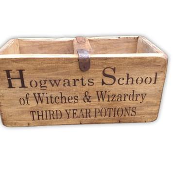 """Caixa de Magia madeira Harry Potter Hogwarts """"M"""" - 10%OFF"""