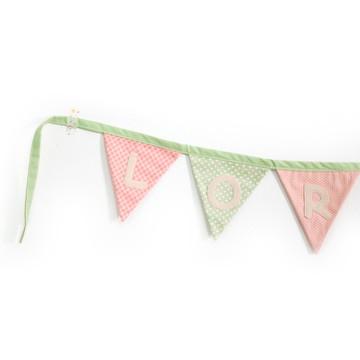 Bandeirinha Decorativa com Nome (Valor referente a Letra)