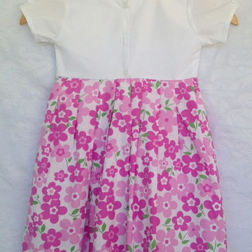 vestido branco com rosa floral 3 anos