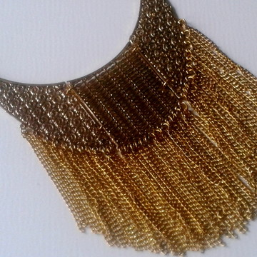 Maxi Colar Dourado Envelhecido