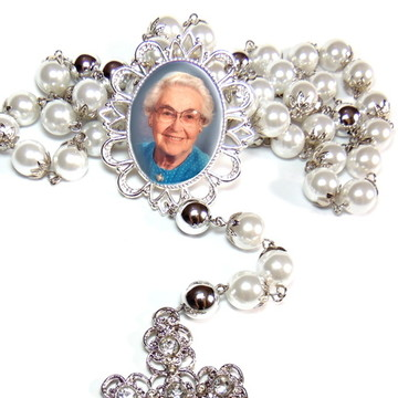 Terço de Noiva cristal com medalha relicario com foto prata