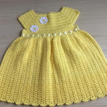 Vestido de crochê para bebe de 6 a 9 meses
