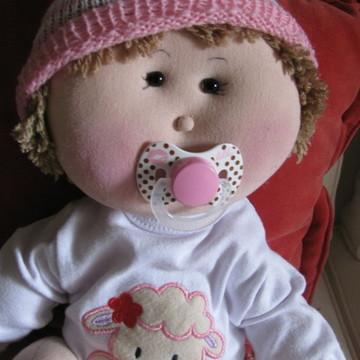 Boneca de pano bebê articulado medindo 50 cm.