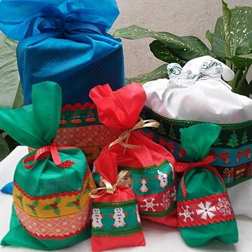 Saquinhos de Natal para presentes 5 unid