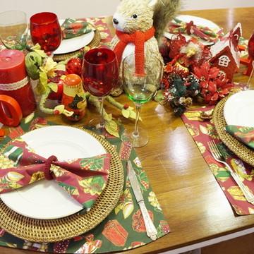 Guardanapo natal vermelho presentes