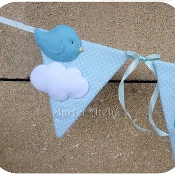 Varal de Bandeirinhas com Nuvem e Passarinho Quarto de bebê