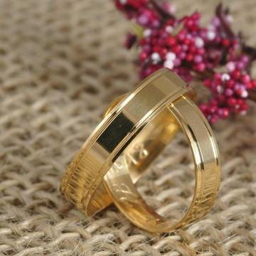 Par de Aliança 4mm Prata Banhada a Ouro
