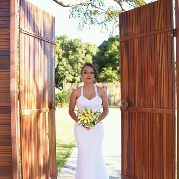 Vestido de noiva de crochê e pérolas