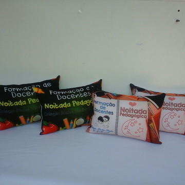 Almofada Travesseiro Personalizada 27x18 herois com 50 un