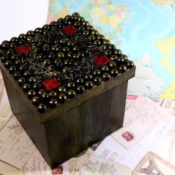 Caixa decorativa / Porta Trecos / Decoração para Casa