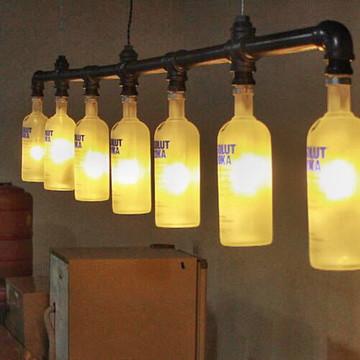 Lustre Industrial de Garrafas de Vodka