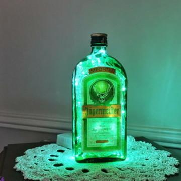 Luminária de garrafa Jagermeister