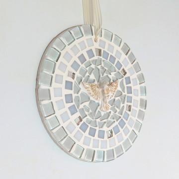 Mandalinha Divino em mosaico nude