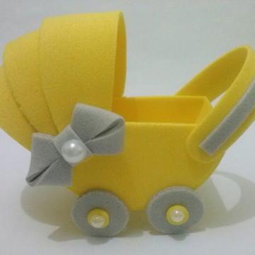 Carrinho de bebê para lembrancinha de chá de bebê