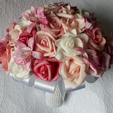 Buque - tons de rosa e orquídeas.