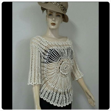 Blusa Crochet Mandala Luana Piovani
