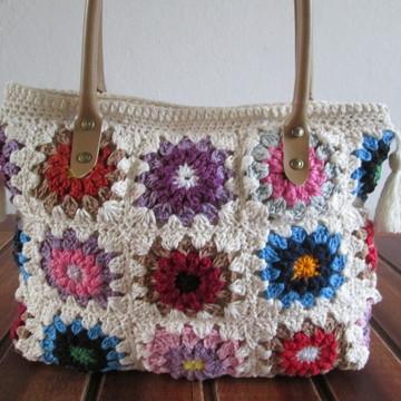 Bolsa de crochê square colorida e cru