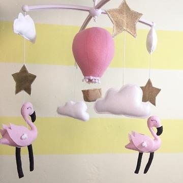 Móbile berço musical Flamingos