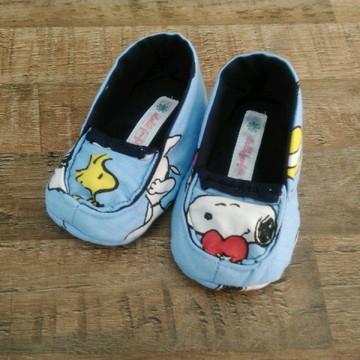 Sapato de pano para bebê mocassim Snoopy