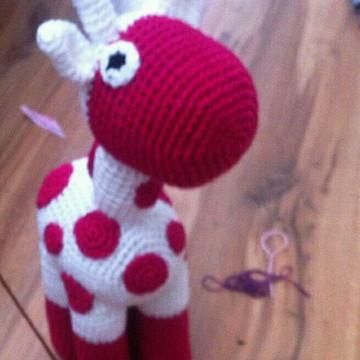 Girafa de croche amigurumi