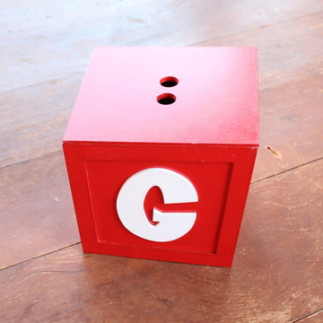 Caixa para brinquedos - Pocoyo - pintada e personalizada