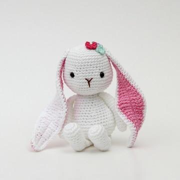 Coelhinha amigurumi pequena