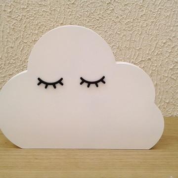 Nuvem com cílios