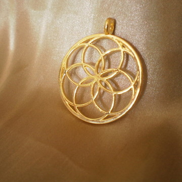 Colar Pingente Flor da Vida Dourado 2 Sol Gold