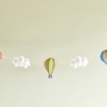 Varal de Balões Color entre Nuvens CANDY