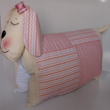Travesseiro Cachorrinha em Patchwork