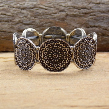 Pulseira mandala prateada boho chic pulseirismo bijuterias
