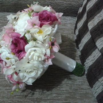 Bouquet Delicados + Brinde s2.