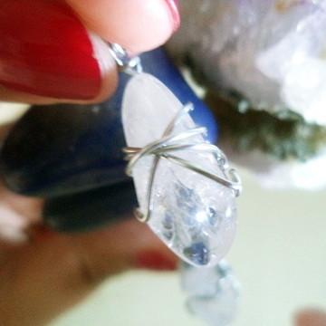 Pingente de Quartzo Branco Transparente Pequeno