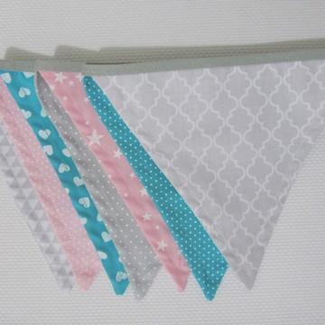 Varal com 7 Bandeirolas em Tecido Rosa, Tiffany e Cinza