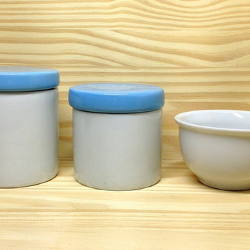 Kit Higiene branco tampa Azul