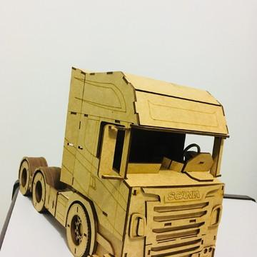 Carreta Scania em MDF