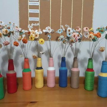 Garrafa com Flores fuxico