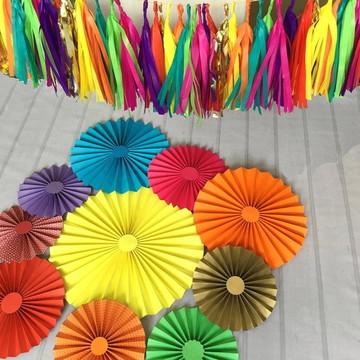 Fioratas e Varal de Franjas FESTA TROLLS
